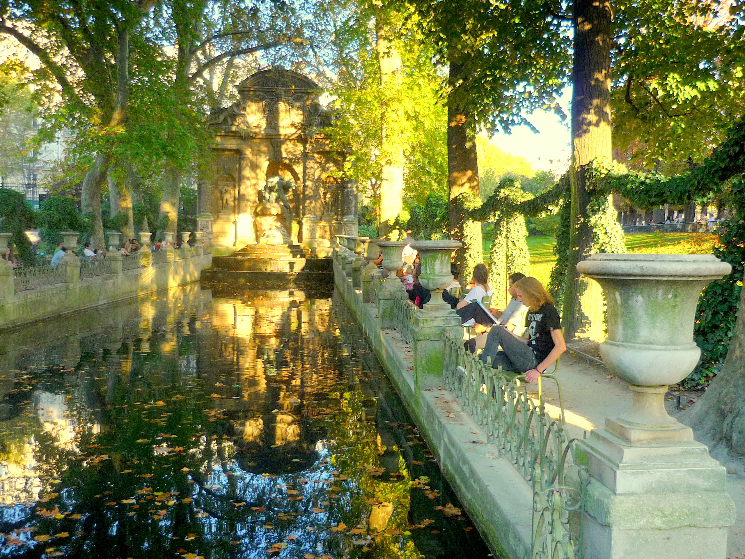 Grand Foyer Jardin Du Luxembourg : Découvrir le jardin du luxembourg avec paris translate